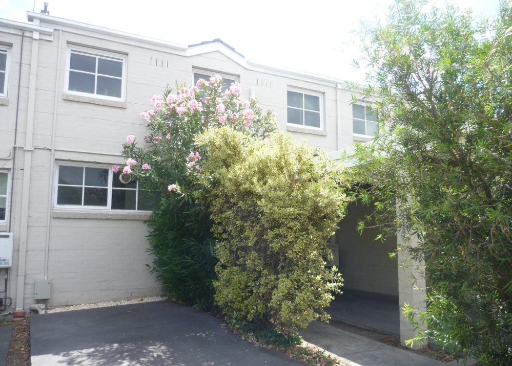 Spacious Townhouse, Cotham Road Kew 1637_1638